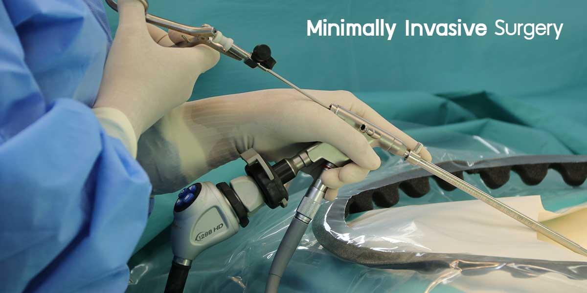 ค่าใช้จ่ายผ่าตัดกระดูกสันหลัง ด้วยเครื่องมือพิเศษ