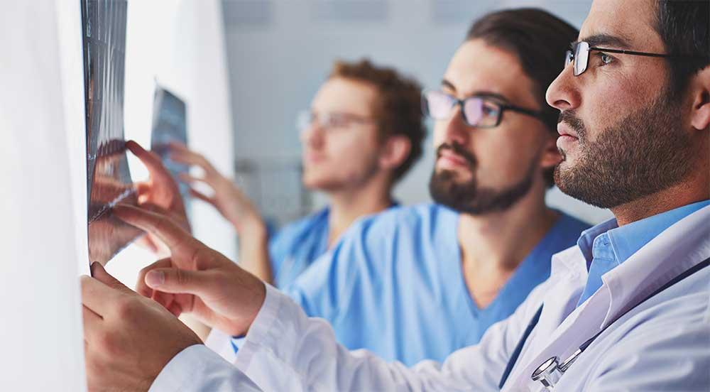 ผู้ป่วยจำนวนมากไม่ทราบว่าหมอนรองกระดูกทับเส้นรักษาที่ไหนดี